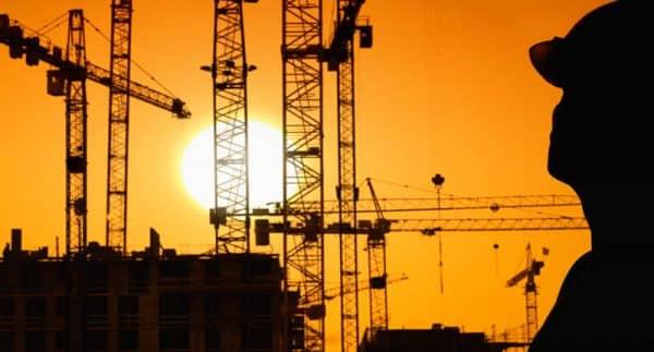 Почему «стоит» рынок недвижимости в 2015?