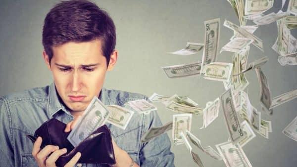 5 причин, почему люди не в состоянии копить деньги