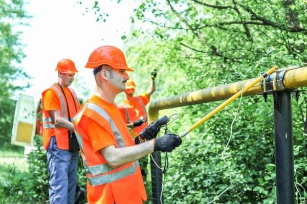 Как и почему Украина хочет вернуться от газа к отоплению дровами