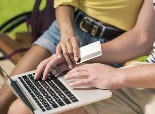 На что следует обратить внимание при оформлении кредита онлайн, чтобы обезопасить себя