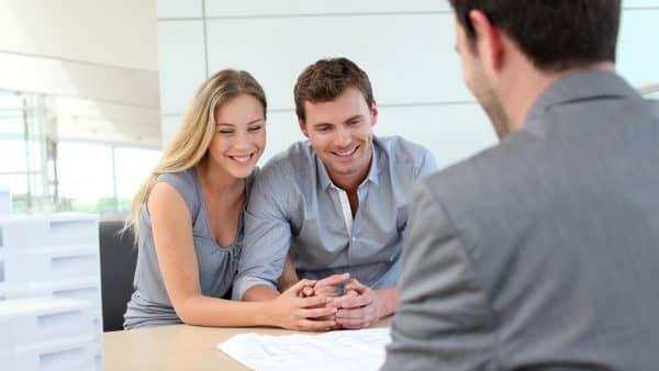 Чем опасно для банка кредитование заемщика в возрасте до 21 года