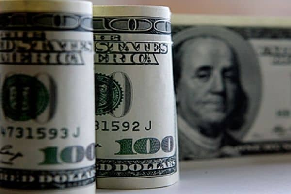 доллар - 70